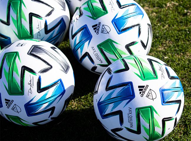 Ưu và nhược điểm khi tham gia cá cược bóng đá Online
